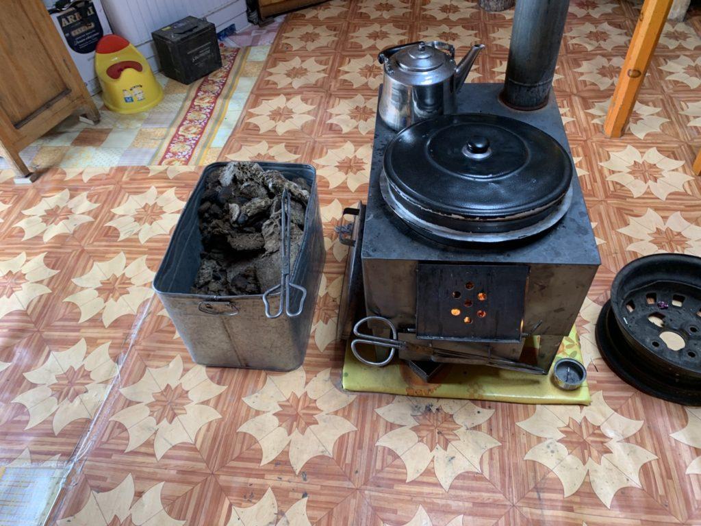 モンゴル 暖炉