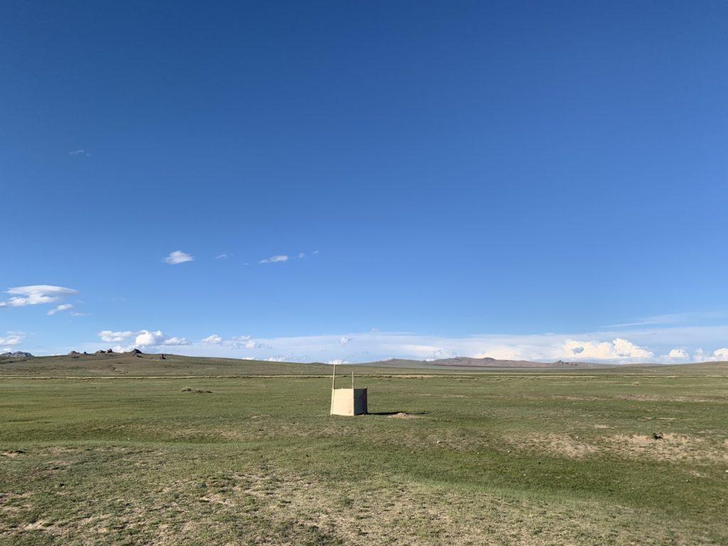 モンゴルのトイレ