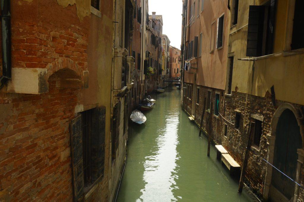 ヴェネツィア 朝